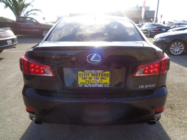 2013 LEXUS IS 250 BASE 4DR SEDAN black f sport package navigation lease return from lexus financ
