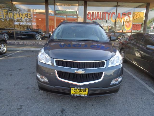 2012 CHEVROLET TRAVERSE LS 4DR SUV graphite grey 3rd row seat chrome assist stepsdoor handle colo
