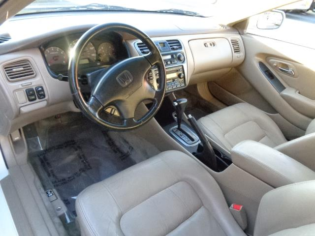 2002 HONDA ACCORD EX V-6 2DR COUPE white leather moon roof power everything front air condition