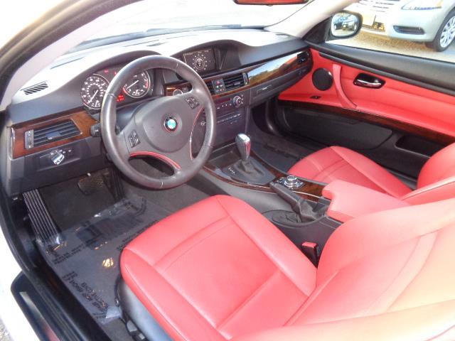 2011 BMW 3 SERIES 328I 2DR COUPE SULEV alpine white black sapphire metallicblue water metallic pa