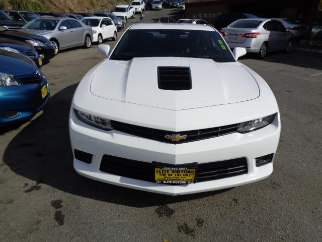 2014 CHEVROLET CAMARO SS 2DR COUPE W2SS summit white gray with black stripes outdoor vehicle cov