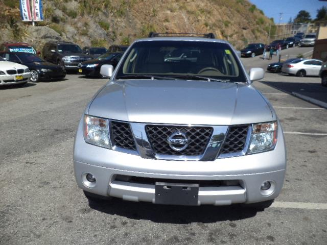 2007 NISSAN PATHFINDER SE 4DR SUV 4WD silver 4wd 3rd row seat body color side moldingsskid plate