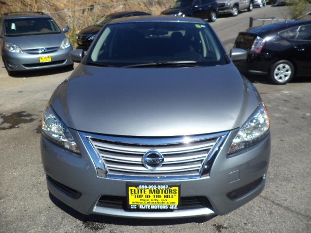 2013 NISSAN SENTRA S 4DR SEDAN 6M magnetic gray low low miles 3039 mpg door handle color - chro