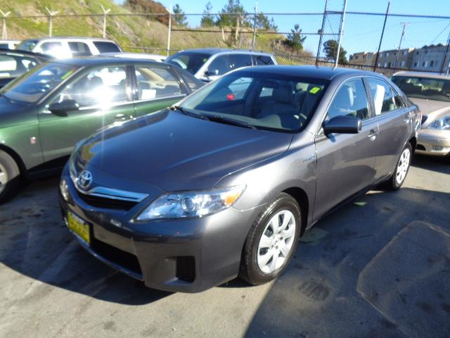 2011 TOYOTA CAMRY HYBRID BASE 4DR SEDAN graphite grey navigation leather seats body side molding