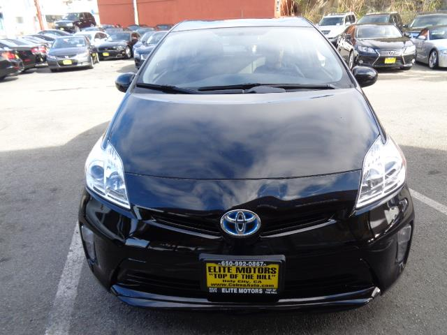 2013 TOYOTA PRIUS THREE 4DR HATCHBACK black door handle color - body-colorfront bumper color - b