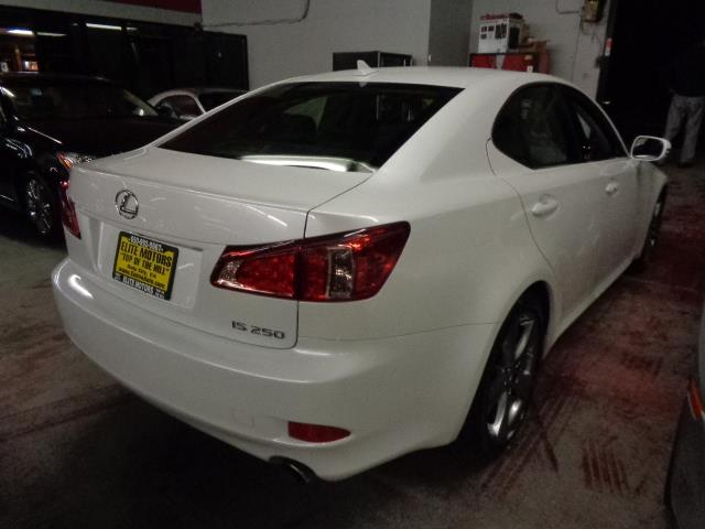 2012 LEXUS IS 250 BASE 4DR SEDAN 6A starfire pearl warranty navigation backup camera bluetooth