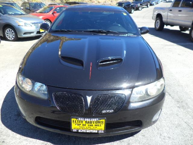 2006 PONTIAC GTO BASE 2DR COUPE black 60 liter ls2 black on black last year of production for t