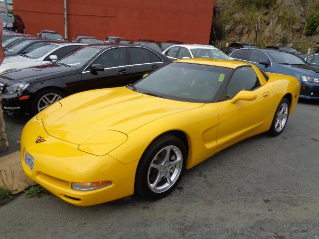 2001 CHEVROLET CORVETTE BASE 2DR COUPE millenium yellow front air conditioningsteering wheel tri