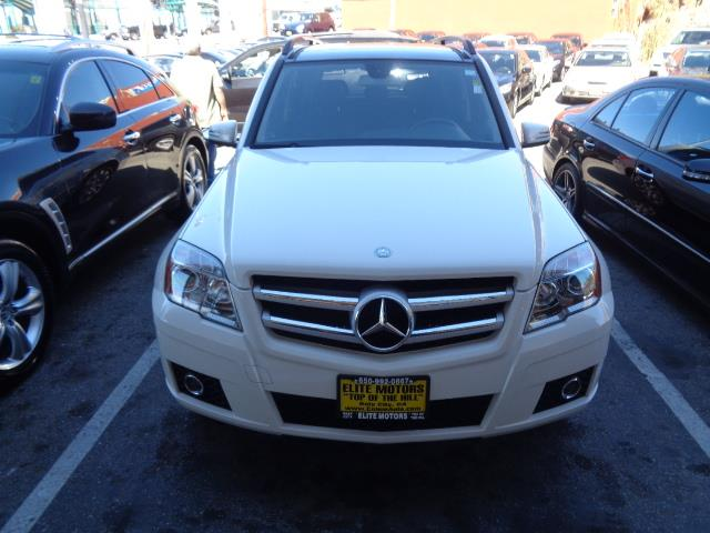2011 MERCEDES-BENZ GLK-CLASS GLK350 4DR SUV arctic white navigation heated seats moon roof bump