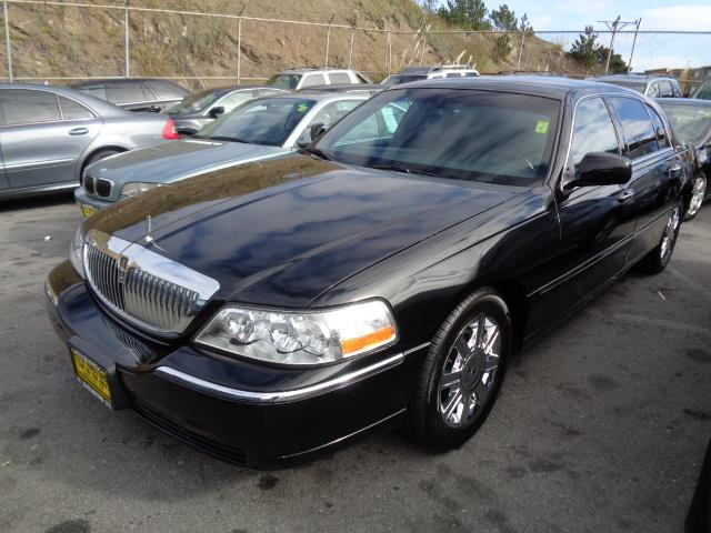 2011 LINCOLN TOWN CAR EXECUTIVE L 4DR SEDAN black body side moldings - body-colorbumper color - b