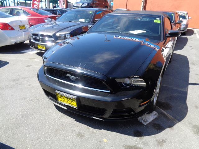 2013 FORD MUSTANG V6 CONVERTIBLE black 44845 miles VIN 1ZVBP8EM1D5203886