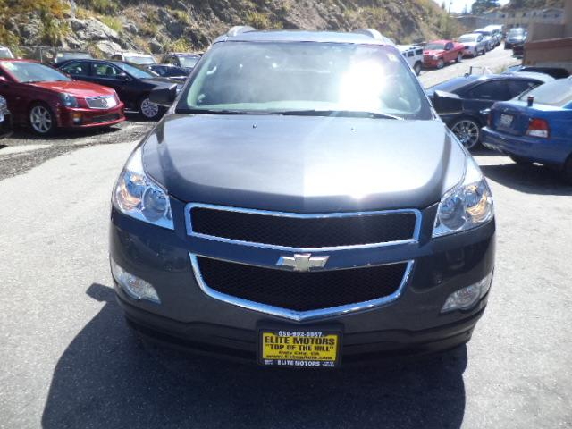 2012 CHEVROLET TRAVERSE LS 4DR SUV graphite grey chrome assist stepsdoor handle color - chromefr