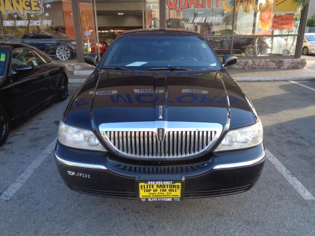 2007 LINCOLN TOWN CAR EXECUTIVE L 4DR SEDAN black child safety door locks power door locks vehi