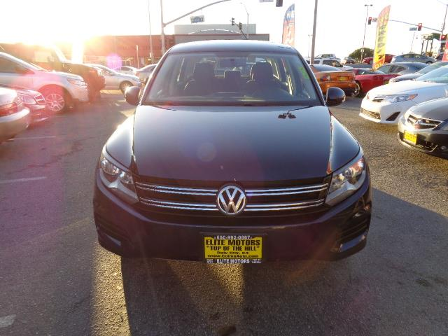 2013 VOLKSWAGEN TIGUAN 20T S 4MOTION SPORT UTILITY 4D night blue metallic bluetooth heated seats