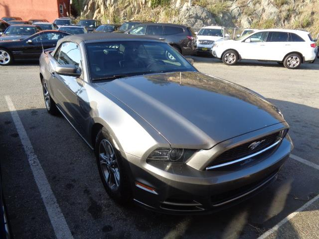 2014 FORD MUSTANG V6 CONVERTIBLE sterling gray metallic leather seats 54284 miles VIN 1ZVBP8E