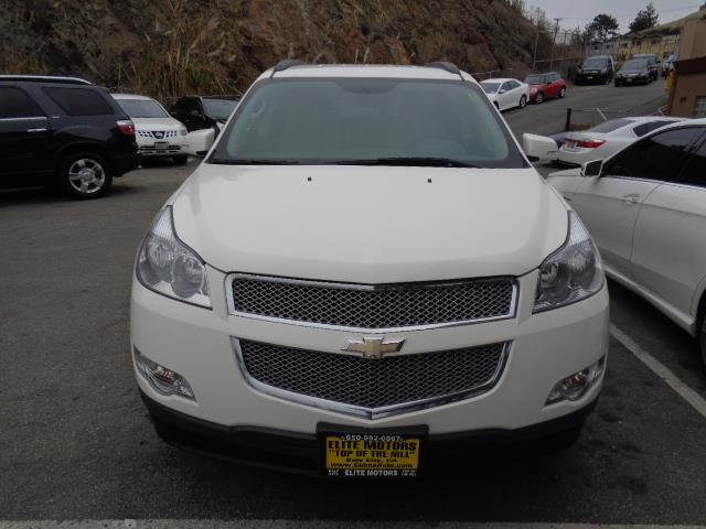2012 CHEVROLET TRAVERSE LTZ 4DR SUV white ltz model with leather body side moldings - body-color