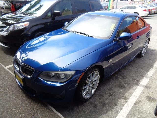 2011 BMW 3 SERIES 328I 2DR COUPE SULEV le mans blue navigation m sport package door handle color