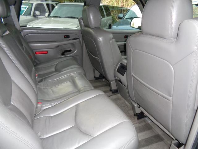 2005 CHEVROLET TAHOE LS 4DR SUV bermuda blue metallic navigation dvd moon roof 3rd seat running