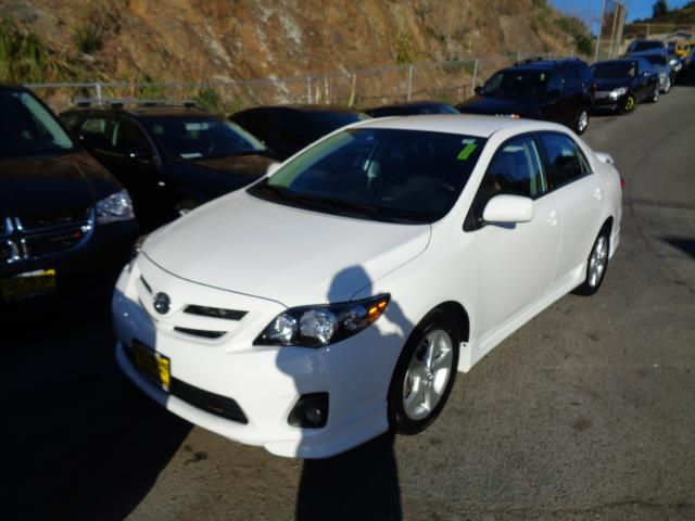 2013 TOYOTA COROLLA S SPECIAL EDITION 4DR SEDAN white door handle color - body-colorexhaust tip