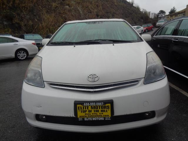 2006 TOYOTA PRIUS BASE 4DR HATCHBACK white prius five with leather and navigation leather naviga