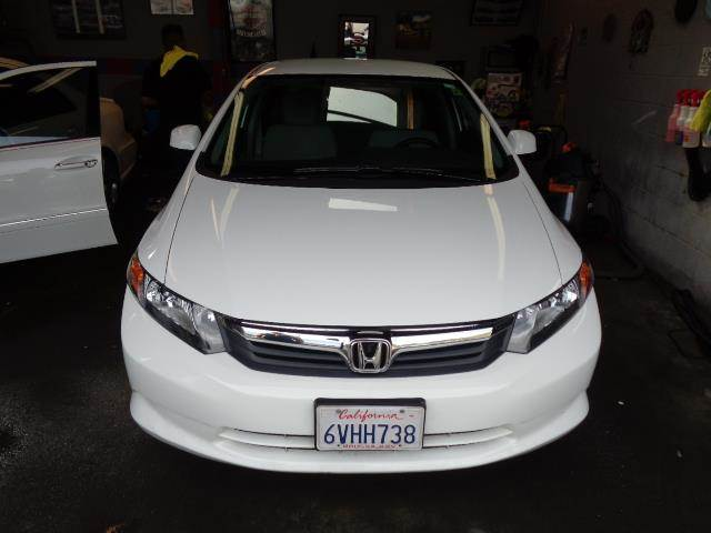 2012 HONDA CIVIC LX 4DR SEDAN 5A white bumper color - body-colordoor handle color - body-colorm