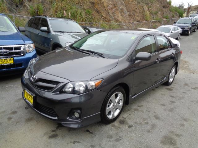 2013 TOYOTA COROLLA S 4DR SEDAN 4A graphite grey door handle color - body-colorexhaust tip color