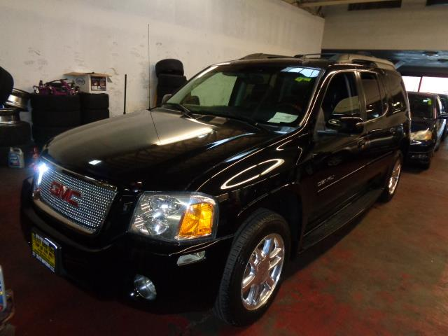 2006 GMC ENVOY XL DENALI 4DR SUV 4WD black grille color - chromerunning boardscenter console tr