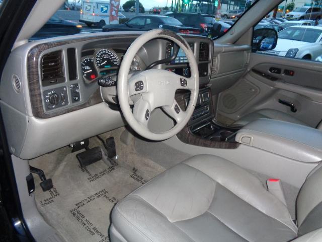 2005 GMC YUKON DENALI AWD 4DR SUV graphite grey navigation leather 3rd row seat running boardsf