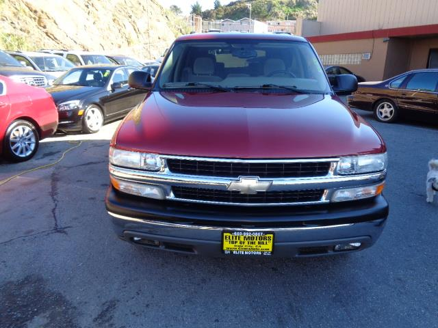 2004 CHEVROLET TAHOE LS 4DR SUV 3rd row seat running boardsfront air conditioningfront air condit