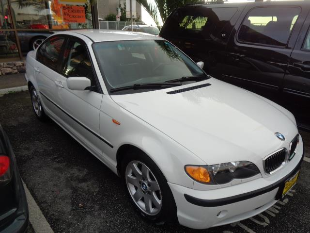 2002 BMW 3 SERIES 325I 4DR SEDAN alpine white metallic paintwood interior trimfront air conditio