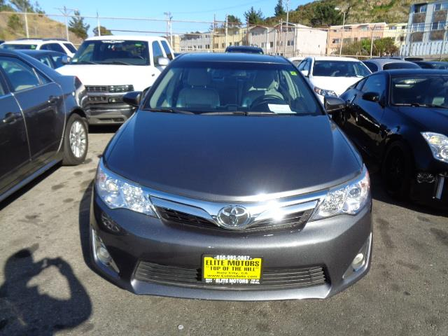 2012 TOYOTA CAMRY XLE V6 4DR SEDAN magnetic grey metallic leather moon roof bluetooth body side