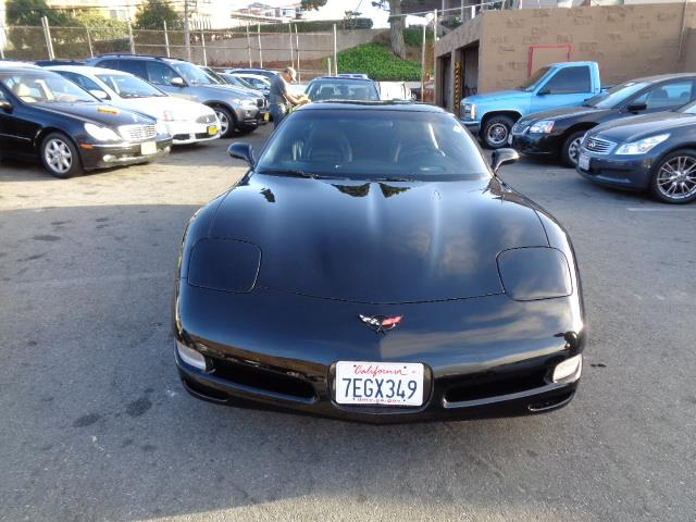 2004 CHEVROLET CORVETTE BASE 2DR COUPE black special factory paintfront air conditioningfront ai