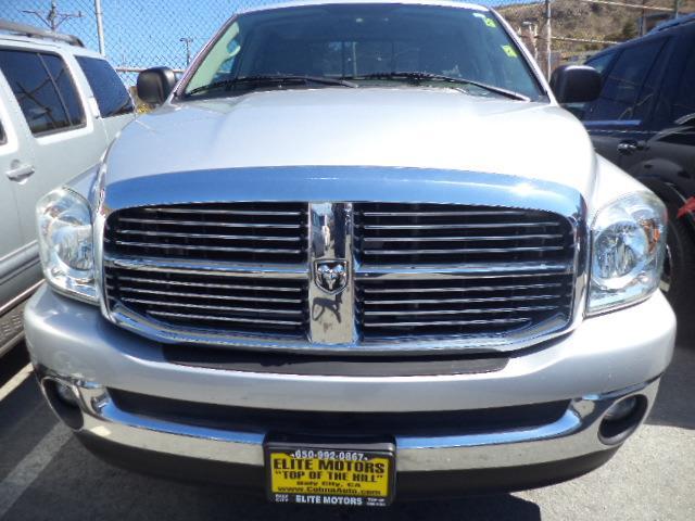 2007 DODGE RAM PICKUP 1500 QUAD CAB 4 DOOR BIG HORN silver  metallic very clean pickup truck 4 doo