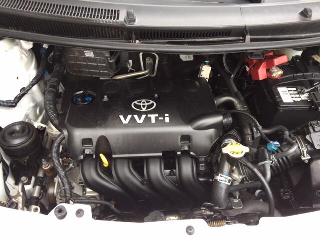 2011 Toyota Yaris Base 4dr Hatchback 4A - Villa Park IL