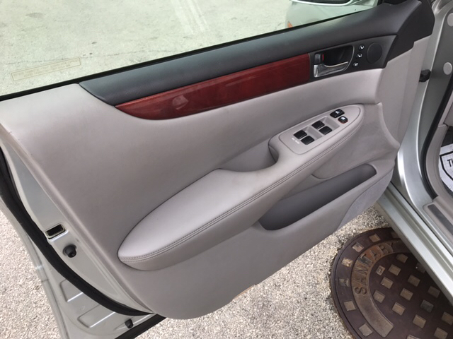 2003 Lexus ES 300 Base 4dr Sedan - Villa Park IL