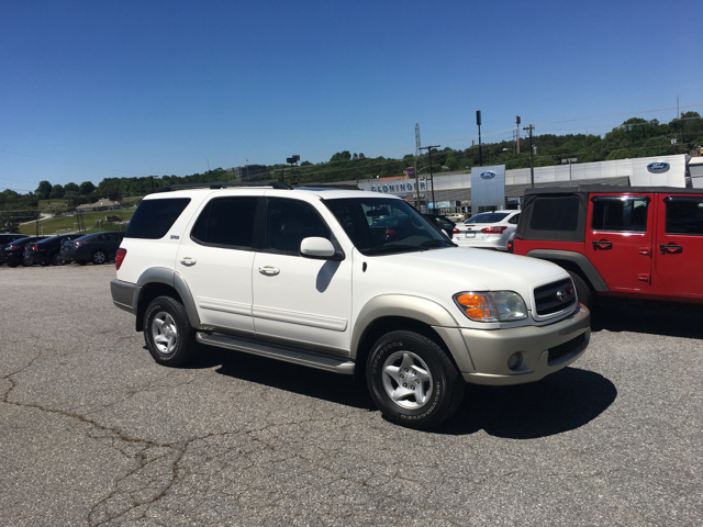 2002 Toyota Sequoia SR5 2WD 4dr SUV - Hickory NC
