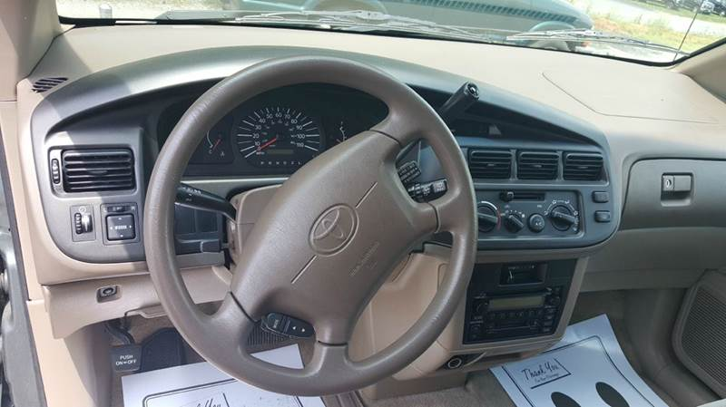 2000 Toyota Sienna 3dr CE Mini-Van - Hickory NC