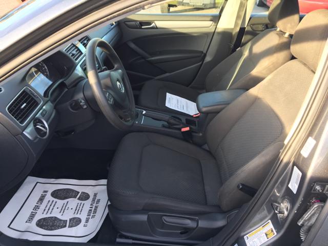 2012 Volkswagen Passat S 4dr Sedan 6A w/ Appearance - Hickory NC