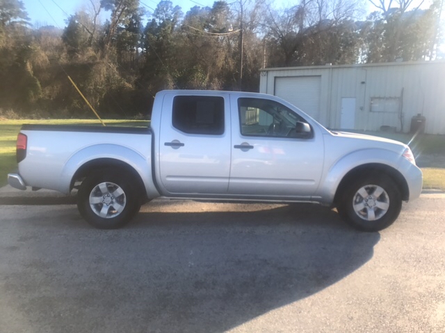 2012 Nissan Frontier 4x4 SV V6 4dr Crew Cab SWB Pickup 5A - Livingston TX