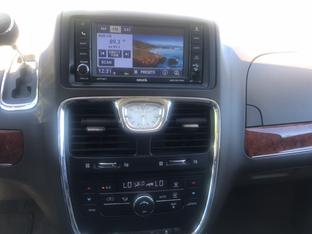 2012 Chrysler Town and Country Touring 4dr Mini-Van - Livingston TX