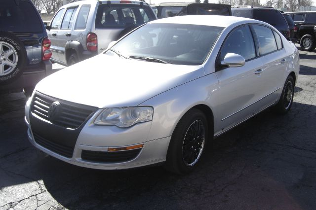 2006 Volkswagen Passat for sale in Auburn Hills MI