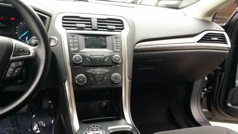 2017 Ford Fusion SE 4dr Sedan - Somerset MA