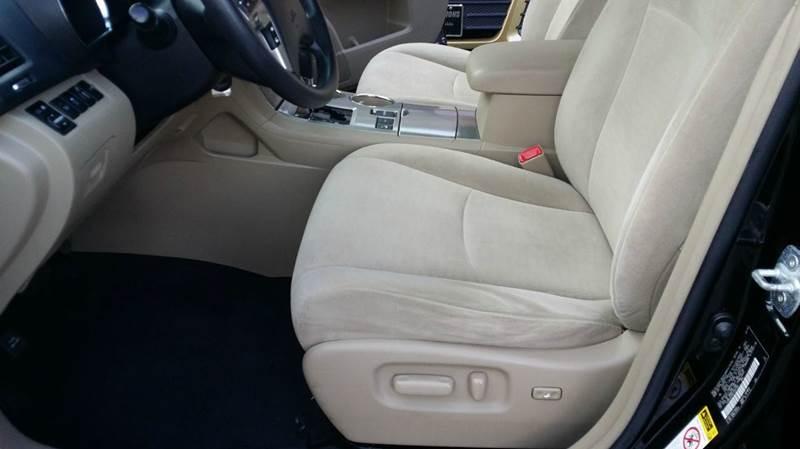 2012 Toyota Highlander AWD SE 4dr SUV - Somerset MA