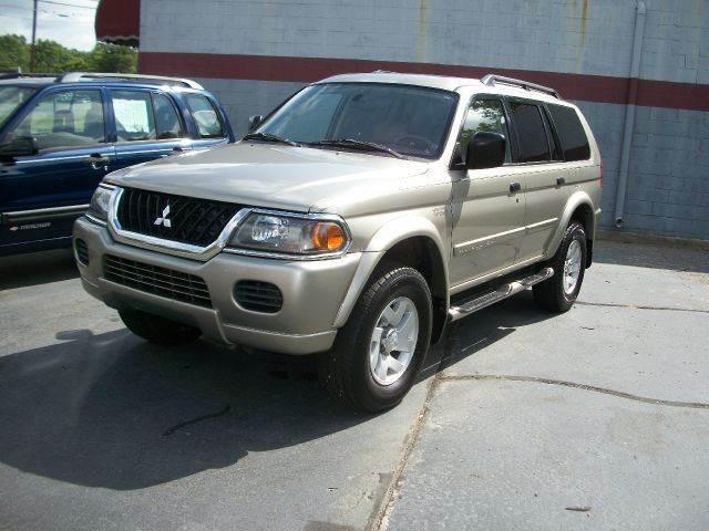 2003 Mitsubishi Montero Sport