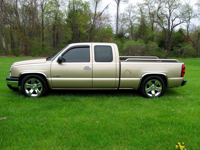 2006 chevrolet silverado 1500 lt1 4dr extended cab 6 5 ft sb in wentzville mo mwclassic cars llc. Black Bedroom Furniture Sets. Home Design Ideas