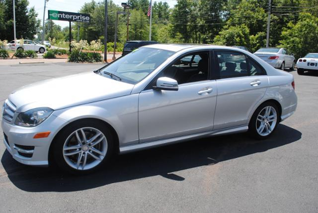 2013 mercedes benz c class awd c300 sport 4matic 4dr sedan for Mercedes benz of hanover staff