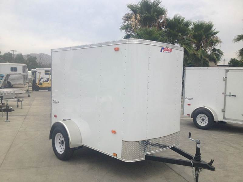 2016 5 X 8 ENCLOSED PACE AMERICAN