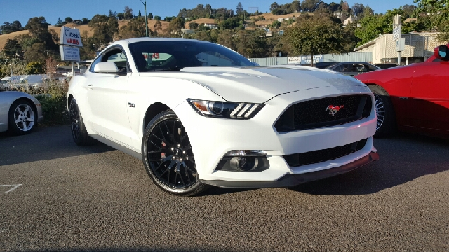 2016 FORD MUSTANG GT 2DR FASTBACK oxford white 2-stage unlocking doors abs - 4-wheel air filtra
