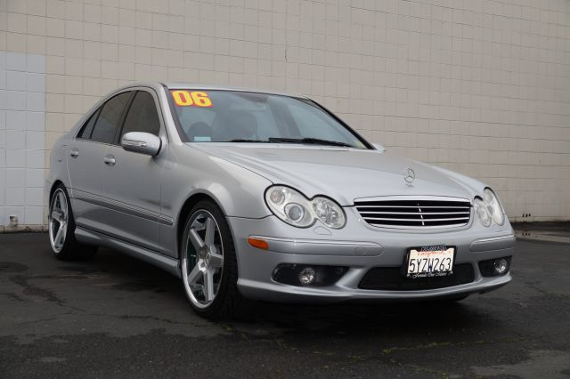 2006 MERCEDES-BENZ C-CLASS C55 AMG SPORT SEDAN iridium silver metallic this beautifulrare  c55 am