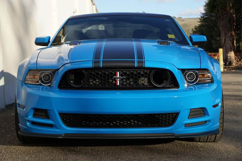 2013 FORD MUSTANG BOSS 302 2DR COUPE grabber blue this specific car is the boss 302 008 it upgra
